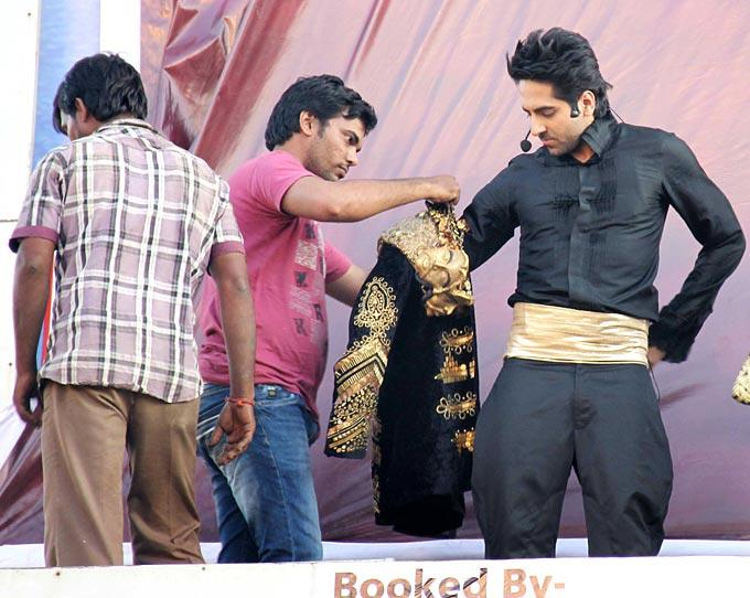 Ayushmann Gets Some Assistance While Putting His Costume On At First Look Launch Of Nautanki Saala