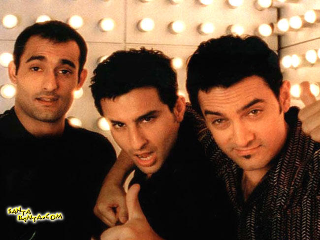 Aamir,Saif Ali And Akshaye Cute Expression Photo From Movie Dil Chahta Hai