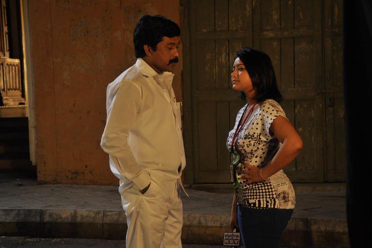 Shwetha With A New Hero In Movie Mahha Raja Sri Gaaligadu