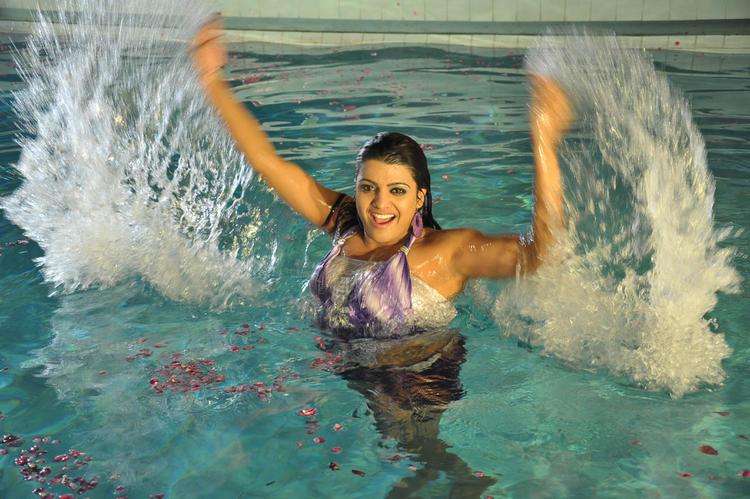 Tashu Bath In A Swimming Pool From Movie Mahha Raja Sri Gaaligadu