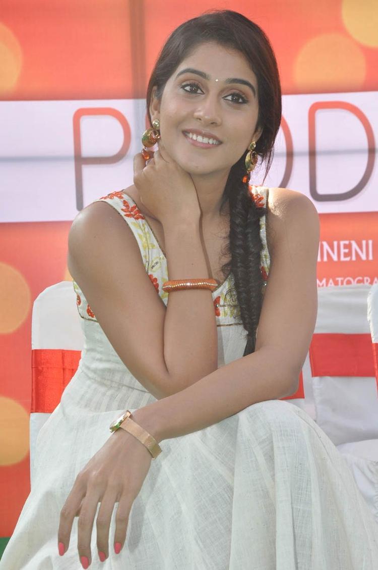 Regina Cassandra Cute Look At Madrasi Movie Launch Event
