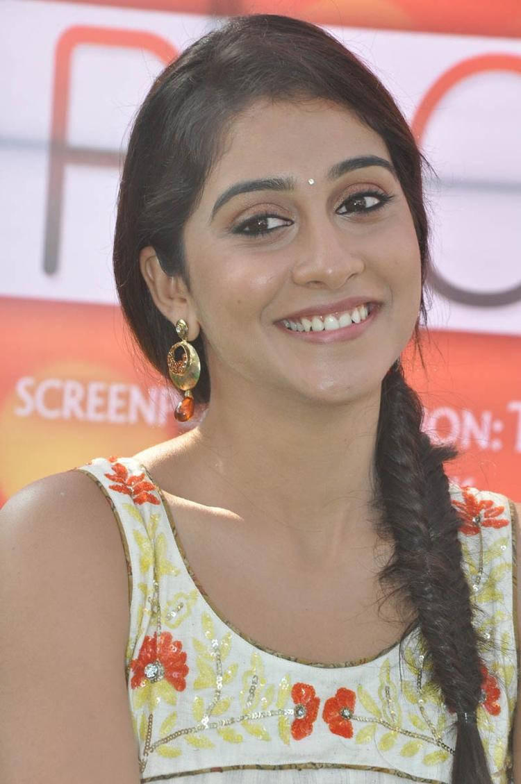Regina Cassandra Cute Smiling Look At Madrasi Movie Launch Event