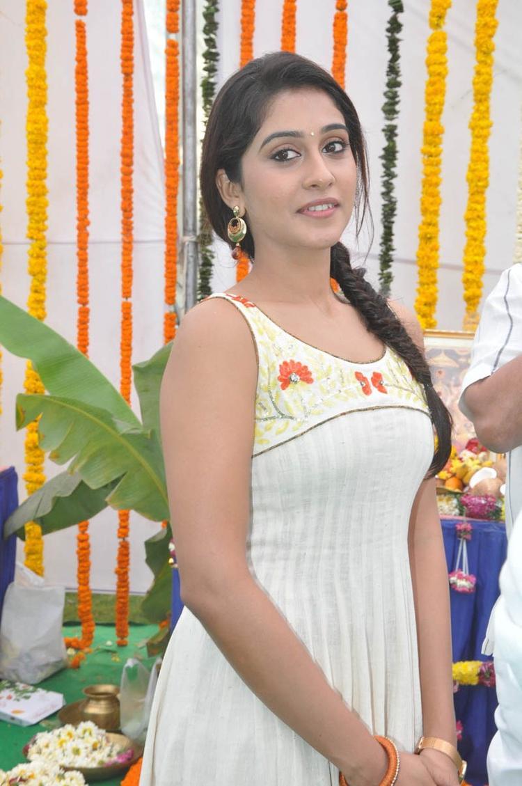 Regina Cassandra In Dress Trendy Look Still At Madrasi Movie Launch Event