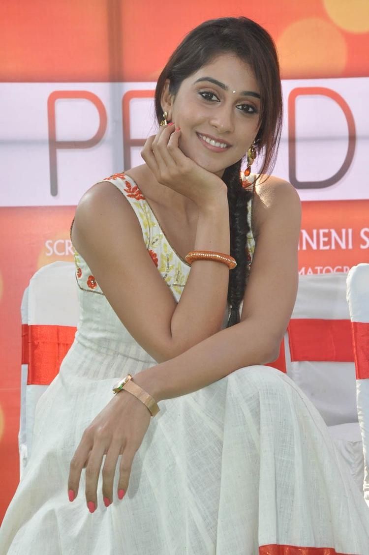 Regina Cassandra Strikes A Smiling Pose At Madrasi Movie Launch Event