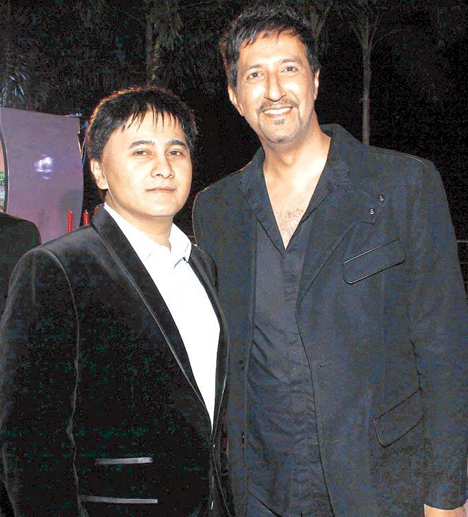 Sammeer And Sulaiman Pose For The Shutterbugs At An Elegant Evening