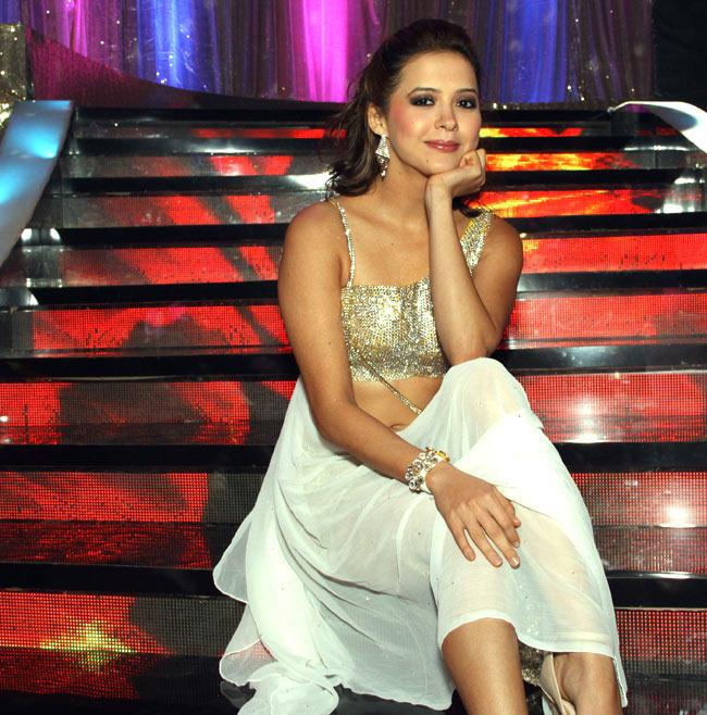 Isha Sharvani Stunning Look Still