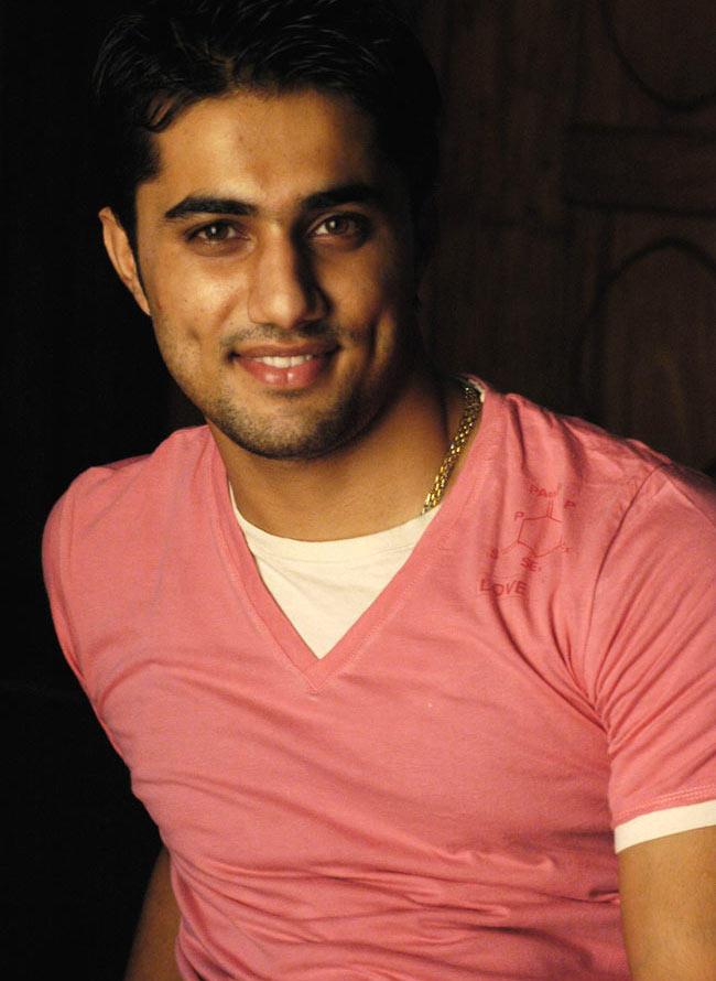 Vishal Karwal Cute Smiling Photo Still
