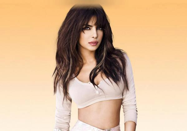 Priyanka Chopra Sizzling Look Photo Shoot For Album In My City