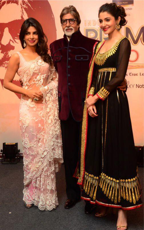 Amitabh With Priyanka And Anushka Posed For Camera At CBS BIG FM Award