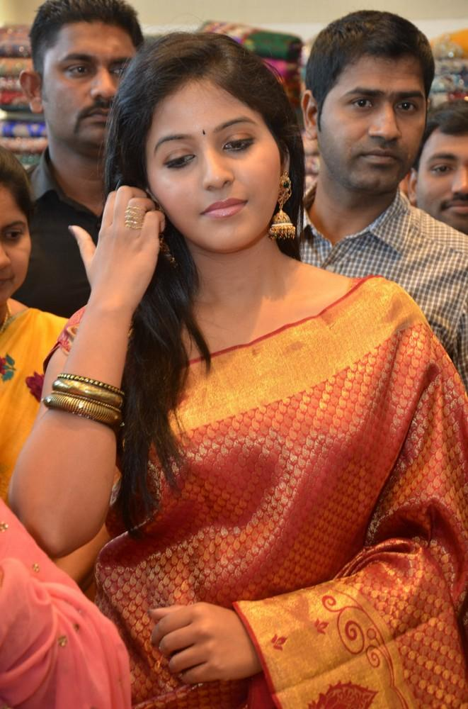 Anjali Looked Radiant And Beautiful Still At Womens World Showroom Launch