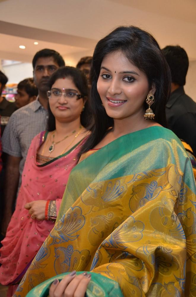 Anjali Nice Look With Cute Smiling Pose At Womens World Showroom Launch