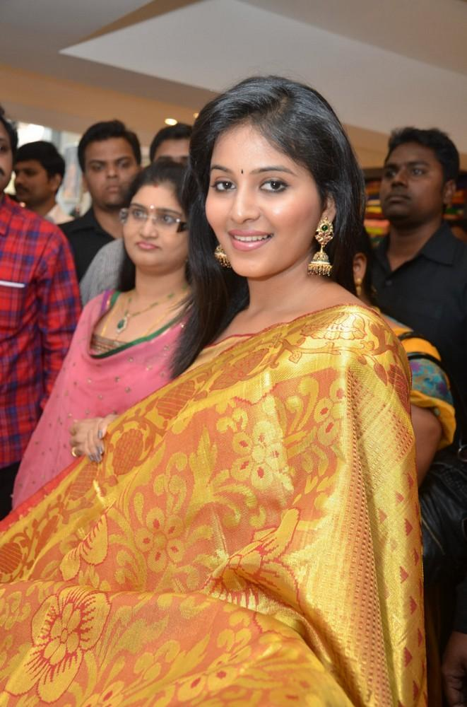 Anjali Showing A Golden Saree At Womens World Showroom Launch