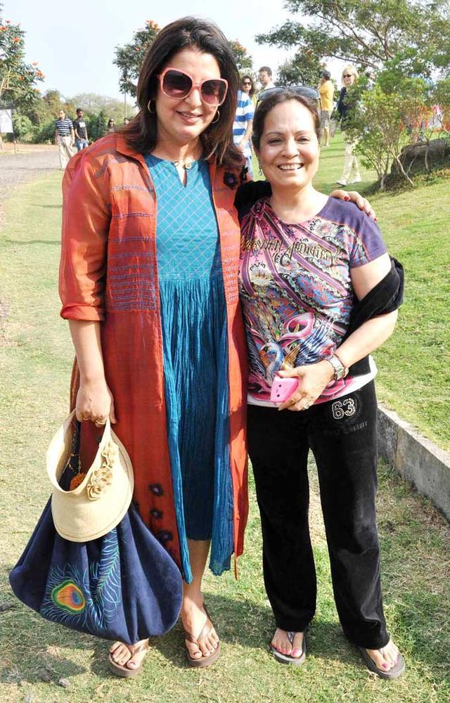Farah Khan Posed With A Friend At Grover Zampa Stomp At Nashik
