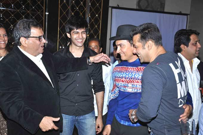 Subhash,Kartik,Salman And Aamir Fun Moments At Subhash Ghai Birthday Bash