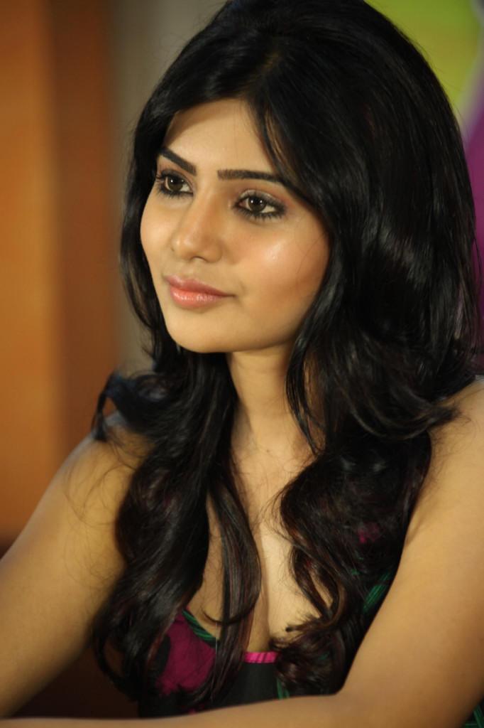 Samantha Dazzles At Jabardasth Movie Press Meet