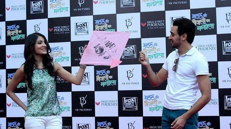 Imran And Anushka Snapped At Kite Flying Event To Promote MKBKM