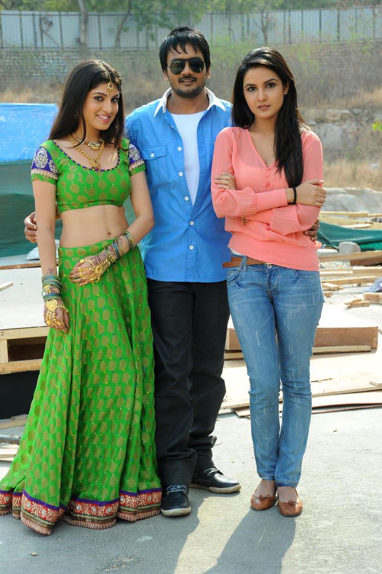Sairam With Priyadarshini And Jasmine Looked Gorgeous At Dilnnodu Movie Press Meet