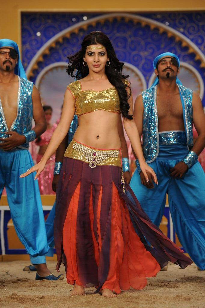Samantha Sexy Naval Showing Dance Photo From Movie Jabardasth