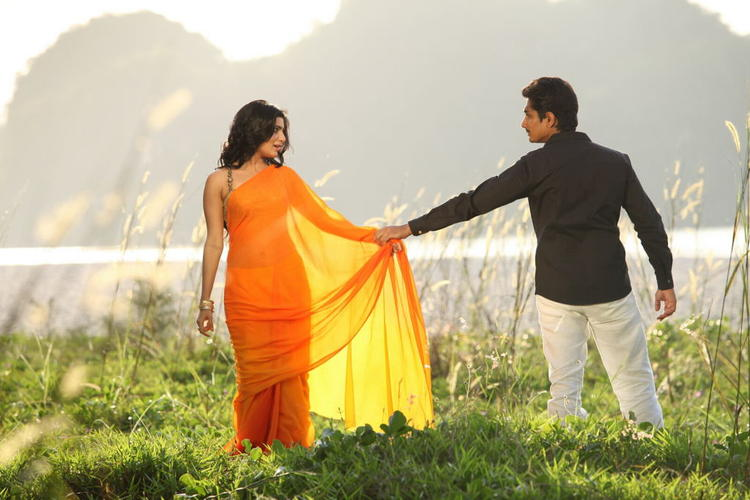 Siddharth And Samantha Awesome Photo In A Song In Movie Jabardasth