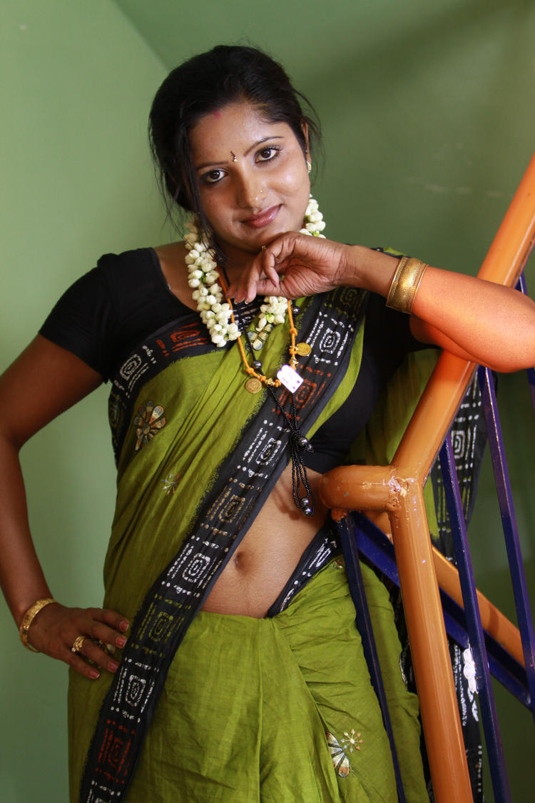 Sunitha Hot Look Photo In Saree From Telugu Movie Madhuram