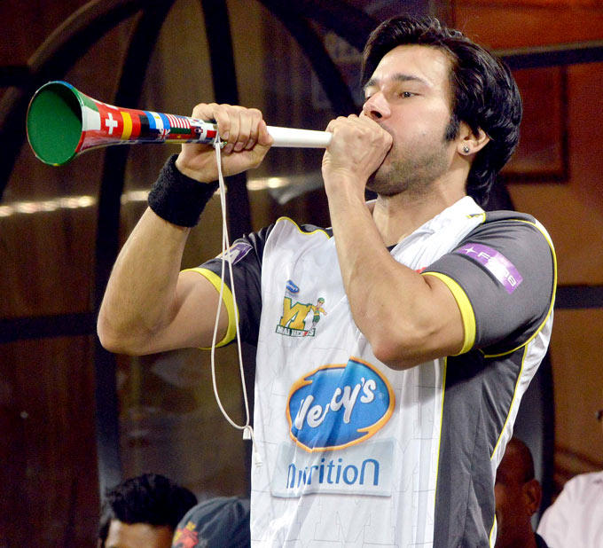 Rajneesh Duggal Attend The DY Patil Sports Academy