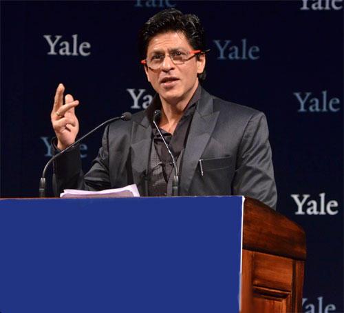 Shahrukh Khan Giving Lecture Still