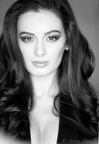 Evelyn Sharma Dazzling Look Photo Shoot For Stuff India Feb 2013