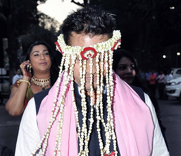Mohit Suri In Sehera Photo Clicked At His Wedding Ceremony