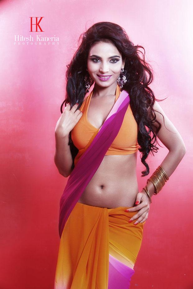 Shilpi Shukla Navel Show Hot Still