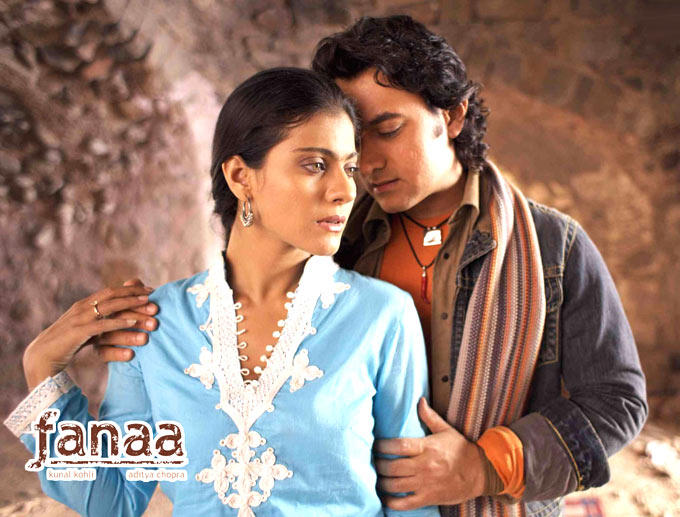 Aamir And Kajol Photo In A Song From Movie Fanaa