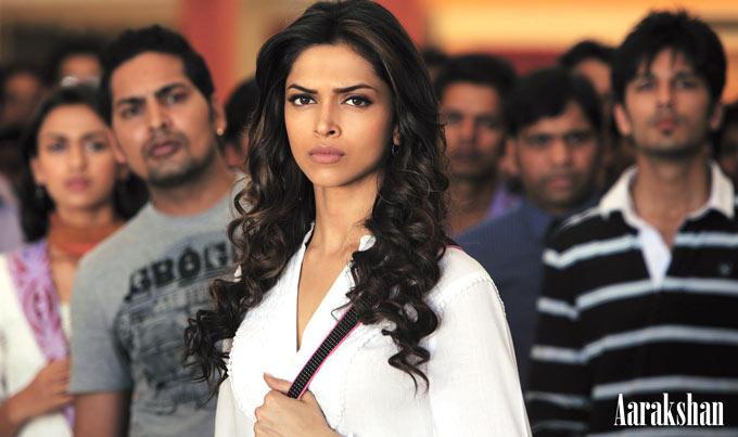 Deepika Nice Expression Photo From Movie Aarakshan