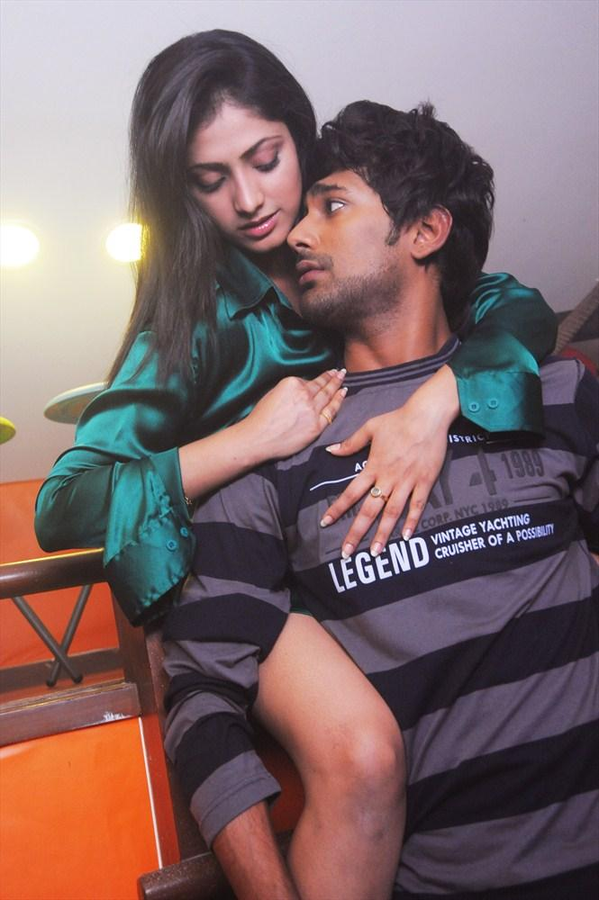 Haripriya And Varun Hug Photo From Telugu Movie Abbai Class Ammai Mass