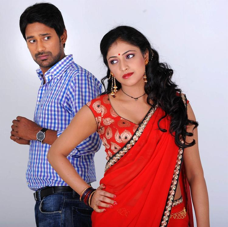 Varun And Haripriya Sizzling Photo Telugu Movie Abbai Class Ammai Mass