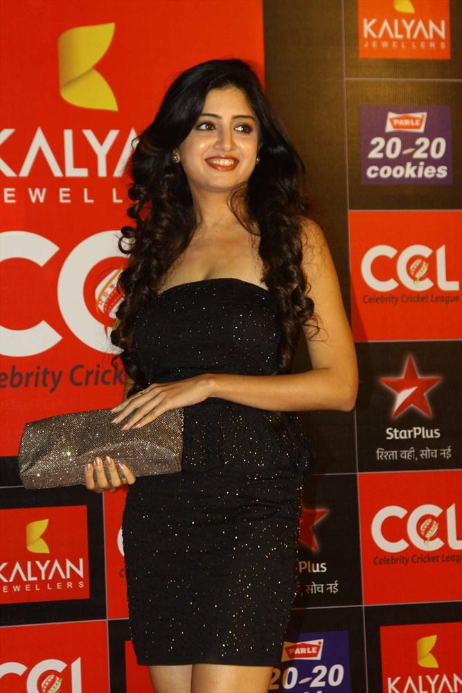 Poonam Looked Hot In A Black Mini Dress At CCL 3 Opening Ceremony