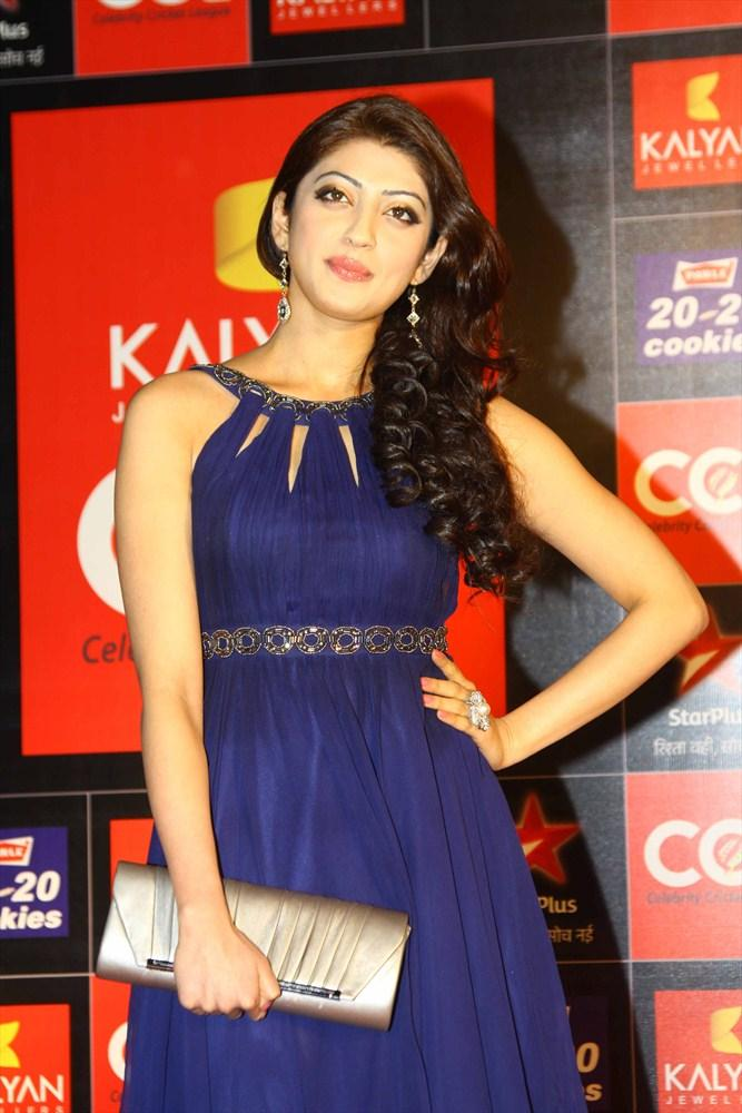 Pranitha Sizzling Look Photo Clicled At CCL 3 Opening Ceremony