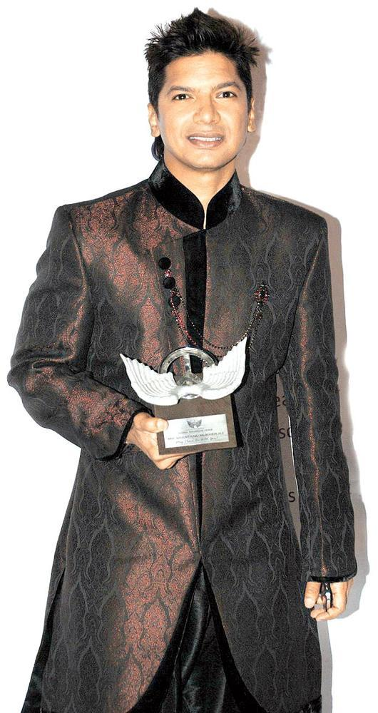 Shaan Looks Dapper In A Sherwani At Global Sounds Of Peace Music Concert