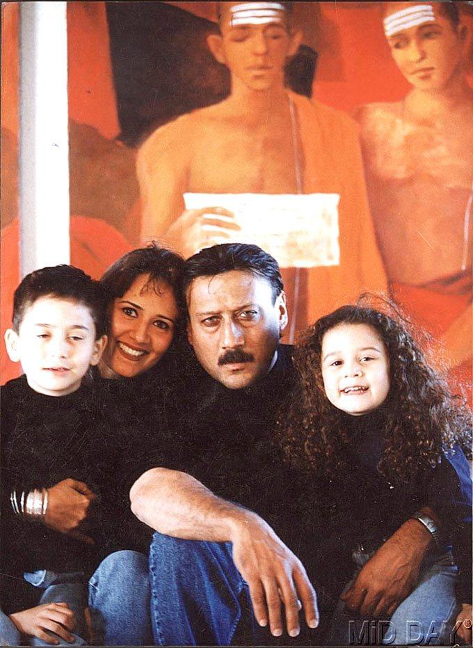 Jackie Shroff With His Wife Ayesha And Children Nice Pic