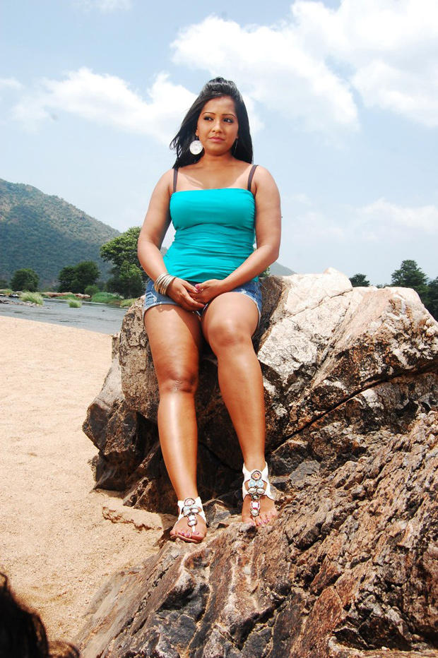Meghna Naidu Sizzling And Attractive Photo Still
