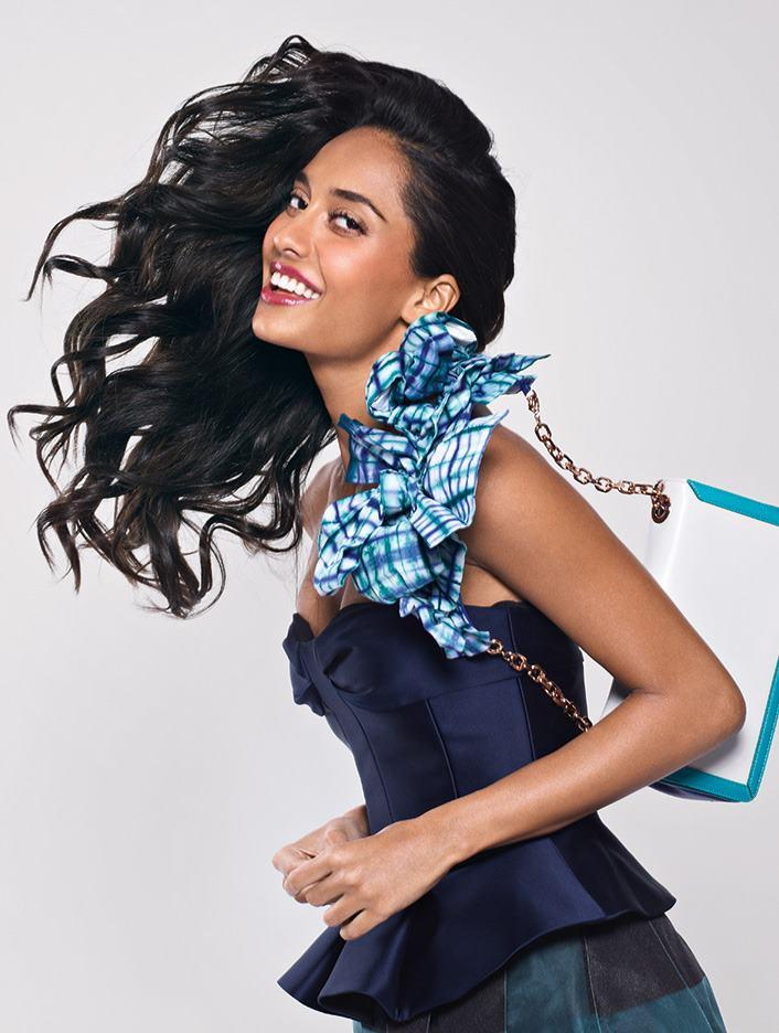 Smiling Lisa Haydon Dazzling Photo Shoot For Marie Claire India Feb 2013