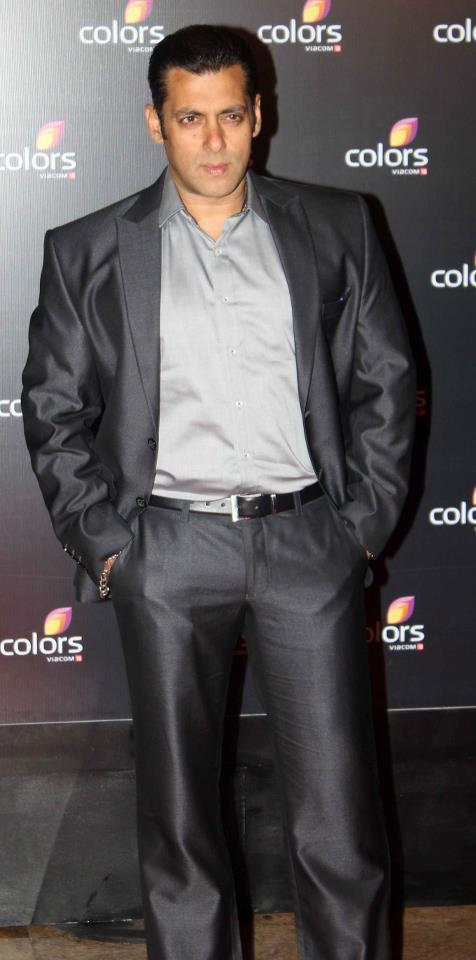 Salman Khan Looking Handsome At Colors IAA Leadership Awards
