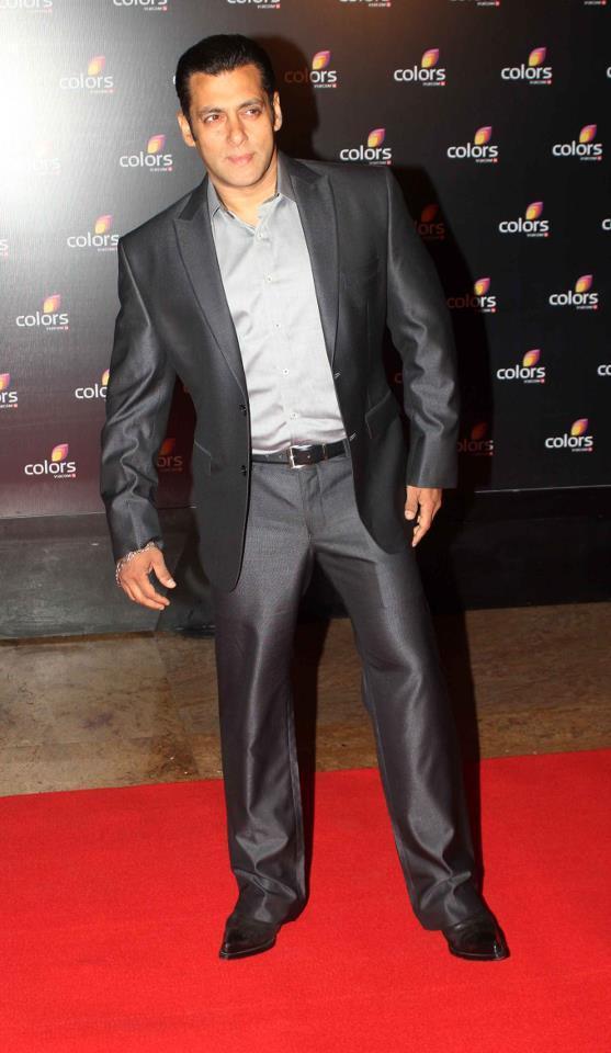 Salman Khan In Red Carpet At Colors IAA Leadership Awards
