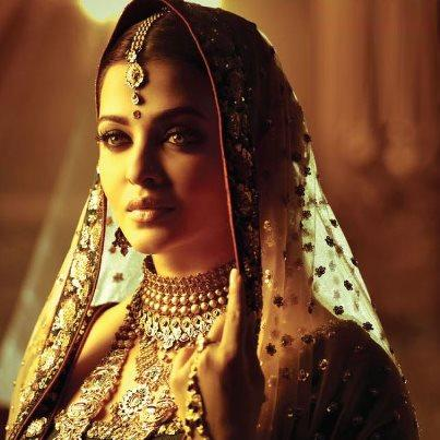 Aishwarya Rai Bachchan Gorgeous Look Shoots For Kalyan Jewellers