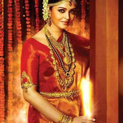 Aishwarya Royal Traditional Look Photo Shoot For Kalyan Jewellers