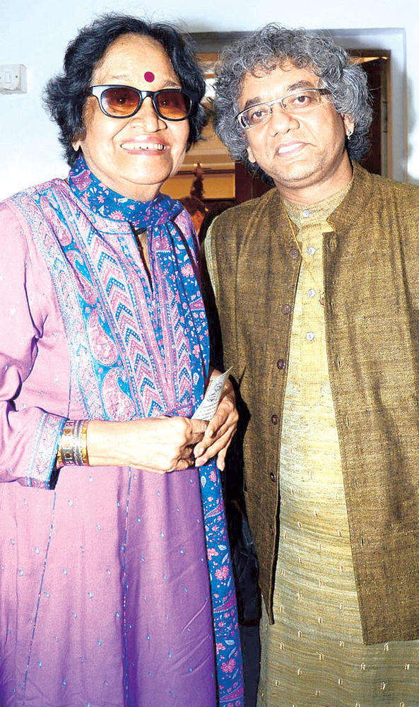 Prafulla Dahanukar And Taufiq Qureshi Get Posey At A Musical Event For Paying Tribute To Ustad Alla Rakha Khan