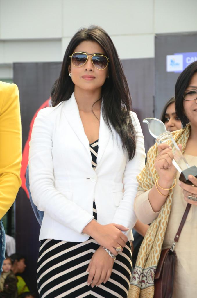 Shriya Saran At Apollo Cancer Hospitals Fashion Show