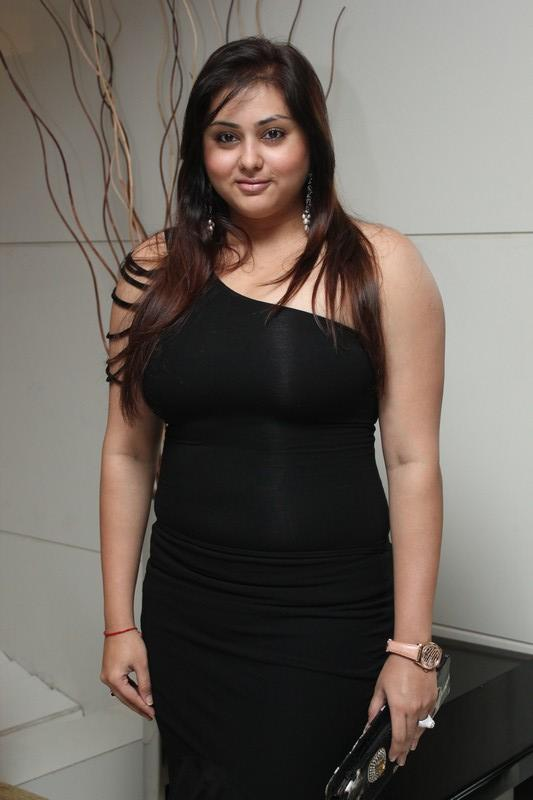 Namitha Kapoor In Black Hot Look At Chennai Plastic Surgery Beauty Because Club