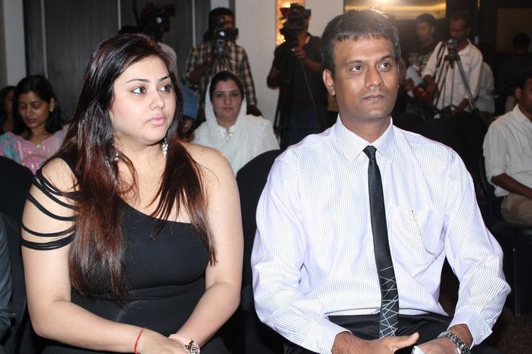 Namitha Kapoor Dazzles At Chennai Plastic Surgery Beauty Because Club
