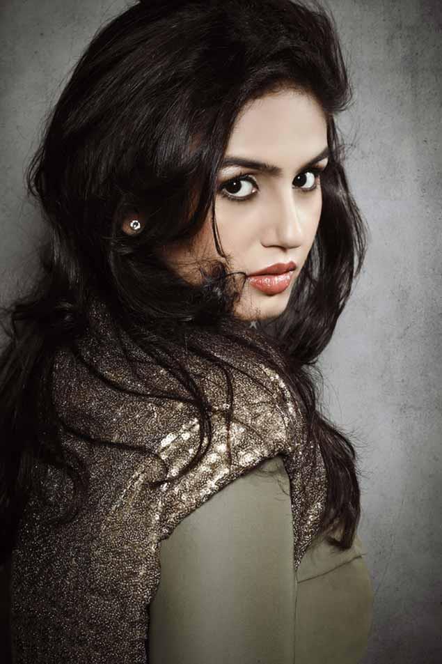 Huma Qureshi Glamour Look Photo Shoot For Cineblitz Magazine