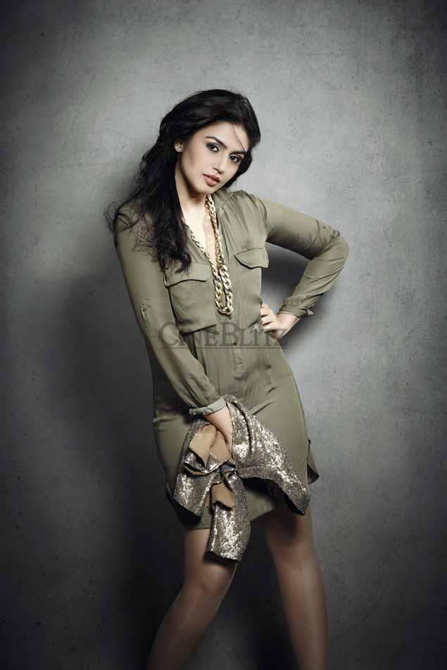 Huma Qureshi Sexy Look Photo Shoot In A Mini Dress For Cineblitz Magazine