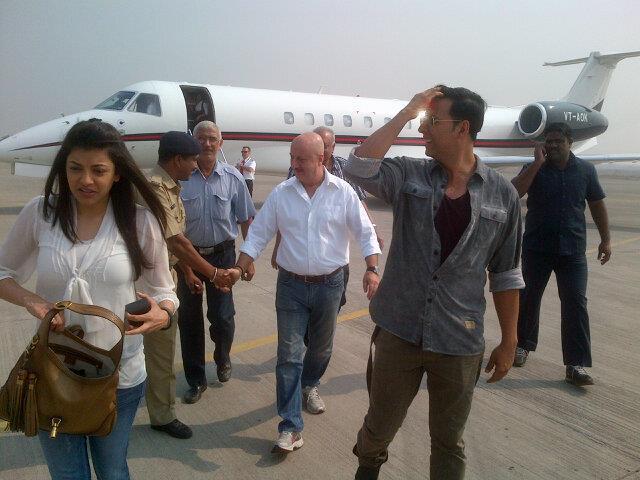Akshay,Anupam And Kajal At Nagpur Airport
